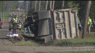 Sanitation worker dies after being struck by truck in Ellsworth