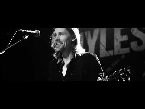 "Myles Kennedy: ""Losing Patience "" - Live in Nottingham  (OFFICIAL VIDEO)"