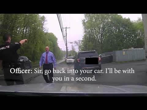 Cop Pulls over Judge, Judge uses is position of power to get off quickly.