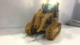 Scaleart CAT 963D Track Loader - ALLYGARAGE