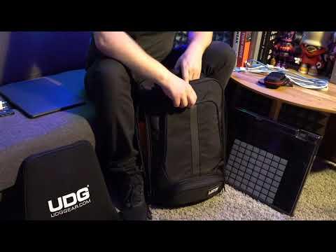 Descargar Video In my studio with UDG Ultimate Backpack Slim