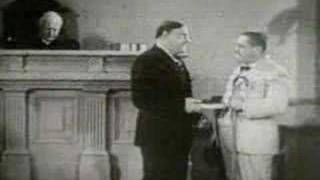 3 Stooges - Disorder In The Court [Clip]