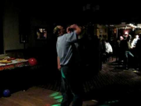 millhouse karaoke-ian 'love grows where my rosemary goes'