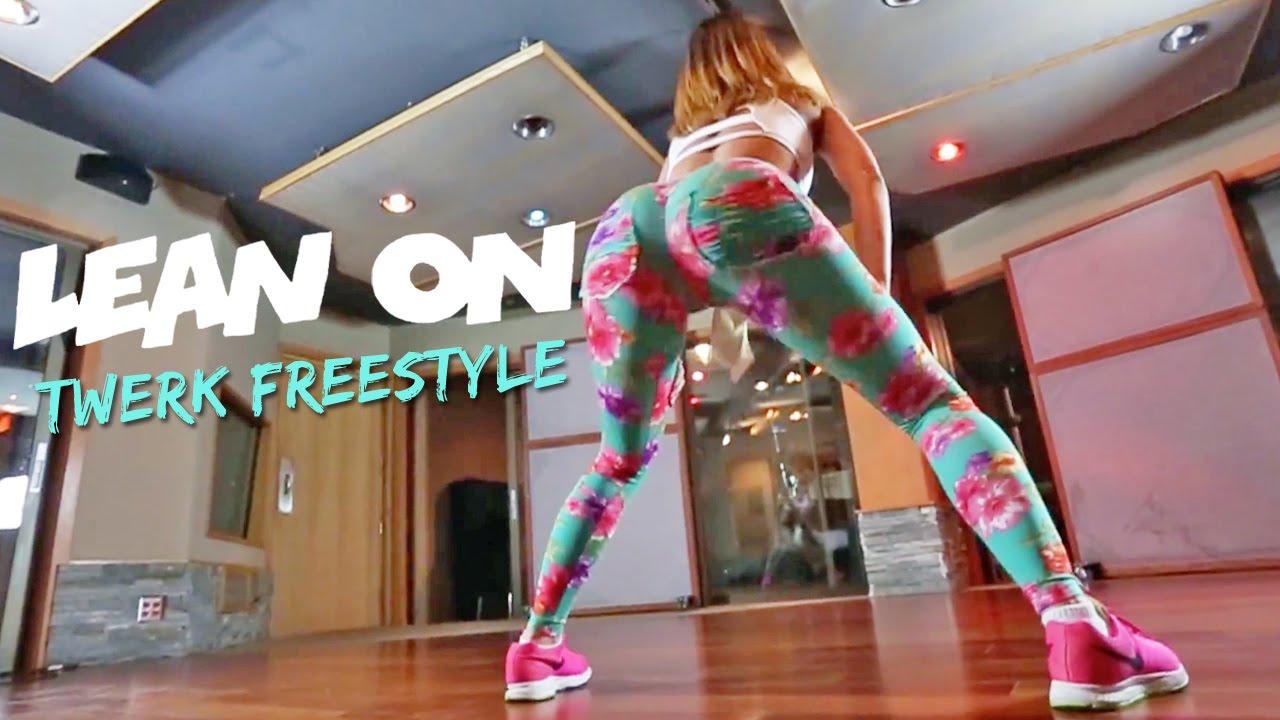 Lexy Panterra präsentiert LexTwerkOut - Twerk Freestyle