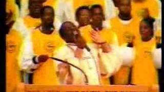 Bishop David L. Ellis - Praise Medley