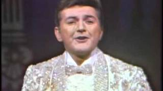 Liberace The Impossible Dream.wmv