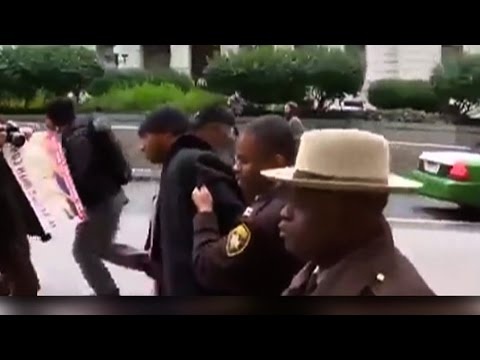 Third Officer Acquitted in Freddie Gray Death, But Activists Face Charges for Protesting Killing