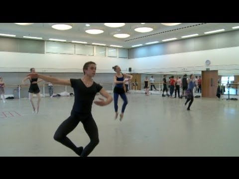 Inside the Bolshoi Ballet's daily class