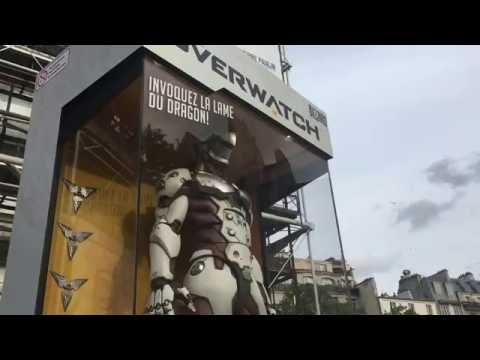Statue Géante De Genji (Overwatch) En Plein Paris pour la sortie de Overwatch