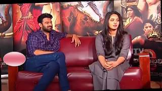 Now see the off screen chemistry of PRABHAS and Anushka  //