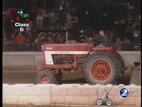 Ashland Tractor Pull pt 3