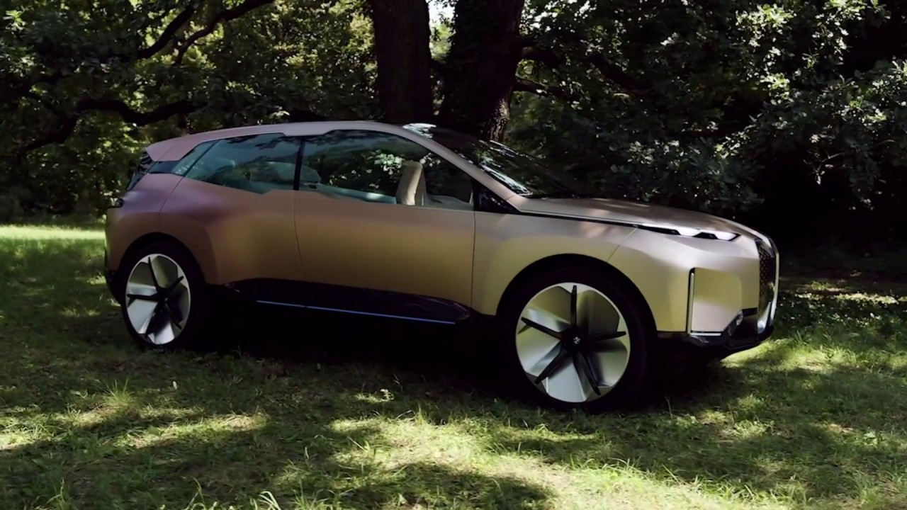 BMW Vision iNEXT Exterieur - YouTube