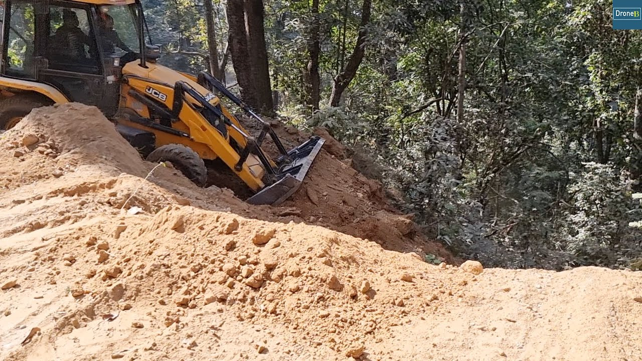 Inflating Tires  and Cutting Hill-Building Hilly New Road- JCB Video