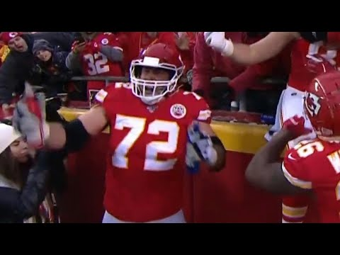 Eric Fisher Celebrates Touchdown W/ Fans' Beer | 2019 AFC Divisional