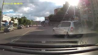 Авария в Смоленске, питер въехал(Авария, хёндай неудачно перестроилась, и получила), 2016-07-02T18:49:59.000Z)