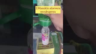 Jadi yang perlu disiapin : 1. botol spray bekas ( dibersihin / dicuci dulu) 2. aloevera (bisa pake produk apa aja) 3. alkohol