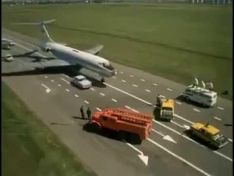 RUSSIAN TU-134 amazing  LANDING on HIGHWAY!