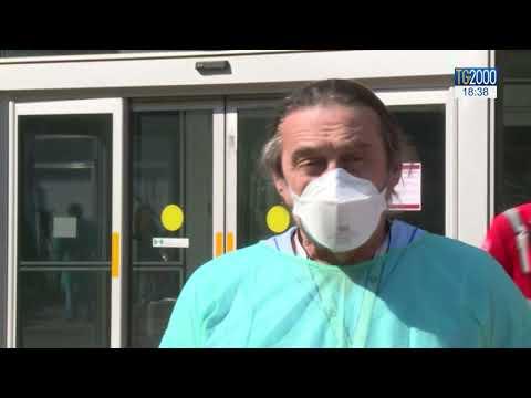 Coronavirus, è ancora emergenza. Parla l' infermiere in prima linea al Niguarda di Milano