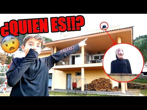 ¡ENTRA UN PERSONAJE MISTERIOSO EN CASA! (SERIE WEB DE MISTERIO - #01)