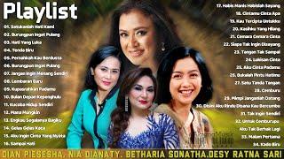 Download lagu Dian Pisesha, Nia Dianaty, Betharia Sonatha, Desy Ratna Sari - Lagu Lawas Terbaik Dari Masa Ke Masa