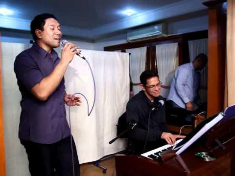 Gary Valenciano and Andrey Silva -