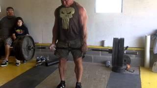 Paul Carter deadlifting 500lbs x 12 at Strength Guild