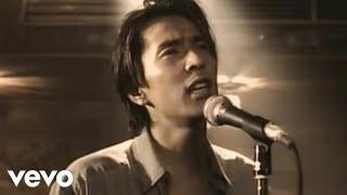 Music video by 德永英明 performing 壊れかけのRadio. (C) 2002 UNIVER...