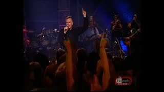 Neil Diamond takes live song request from Muhammad Ali