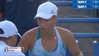 Казахстанская теннисистка наорала на своего тренера, потому что он  не похлопал