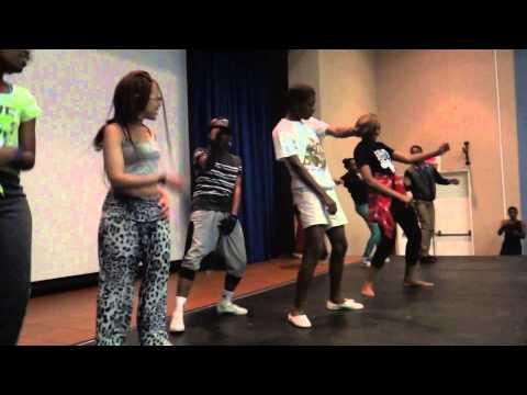 Hip Hop dance workshop - Lebo teaches the Caracara dance