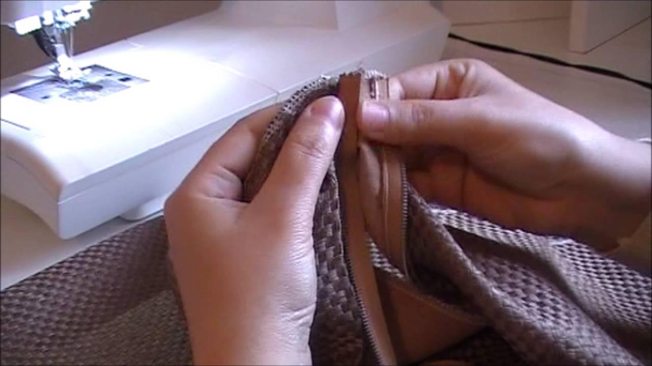 comment coudre un coussin avec une fermeture cach e hidden zipper pillow tutoriel youtube. Black Bedroom Furniture Sets. Home Design Ideas