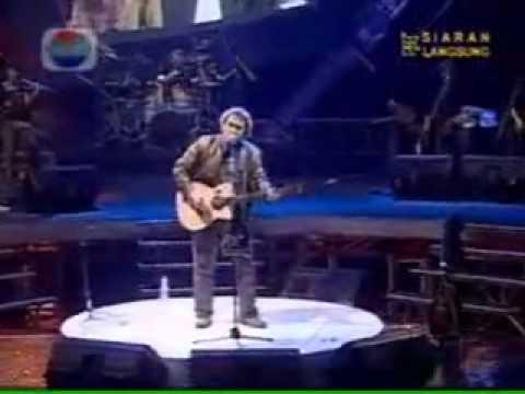 Iwan Fals - Bongkar (Live)