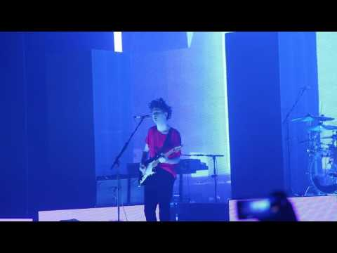 Robbers- The 1975-Pepsi Center