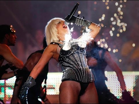 Lady Gaga -  Love game live & Poker face live at Much Music Video Awards 2009 HD Best Performance