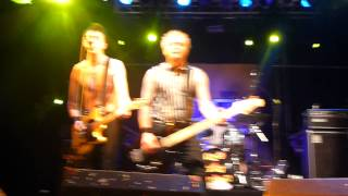 Toy Dolls-She Goes To Fino