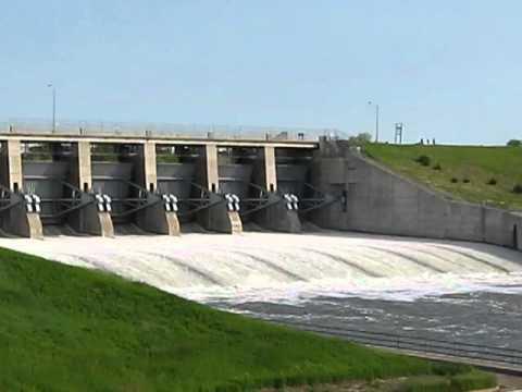 Historic Opening of Big Bend Dam Spillway