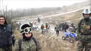 Как люди в лесу отдыхают на мотоциклах. Новороссийск 28 февраля 2015