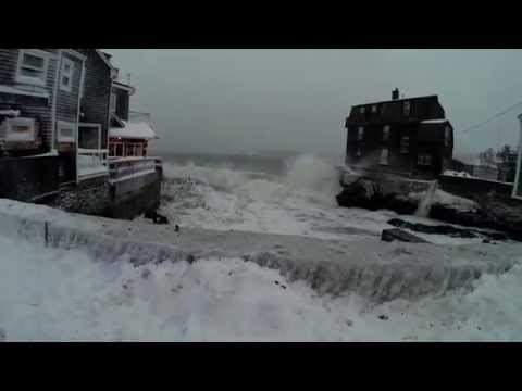 Blizzard of 2015 Waves in Marblehead