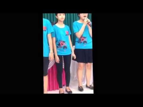 Lop 9c Trung Vuong, Dong Ha, Quang Tri - 4 teen girls :)