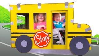Las Ruedas del Autobús + otras Canciones Infantiles con Katya y Dima