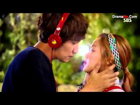 it 39 s okay that 39 s love lee kwang soo and lee sung kyung. Black Bedroom Furniture Sets. Home Design Ideas