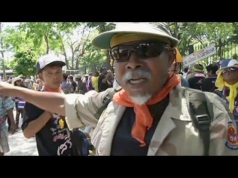 Thailand: interim PM flees meeting, at least 3 killed in Bangkok protests