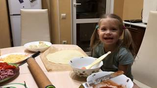 Готовим пиццу с Дашей. Пицца из хлебопечки Panasonic