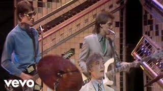 Watch Jam The Eton Rifles video