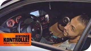 6er BMW in der Kontrolle: Er fährt den Polizisten fast an! | Achtung Kontrolle | kabel eins