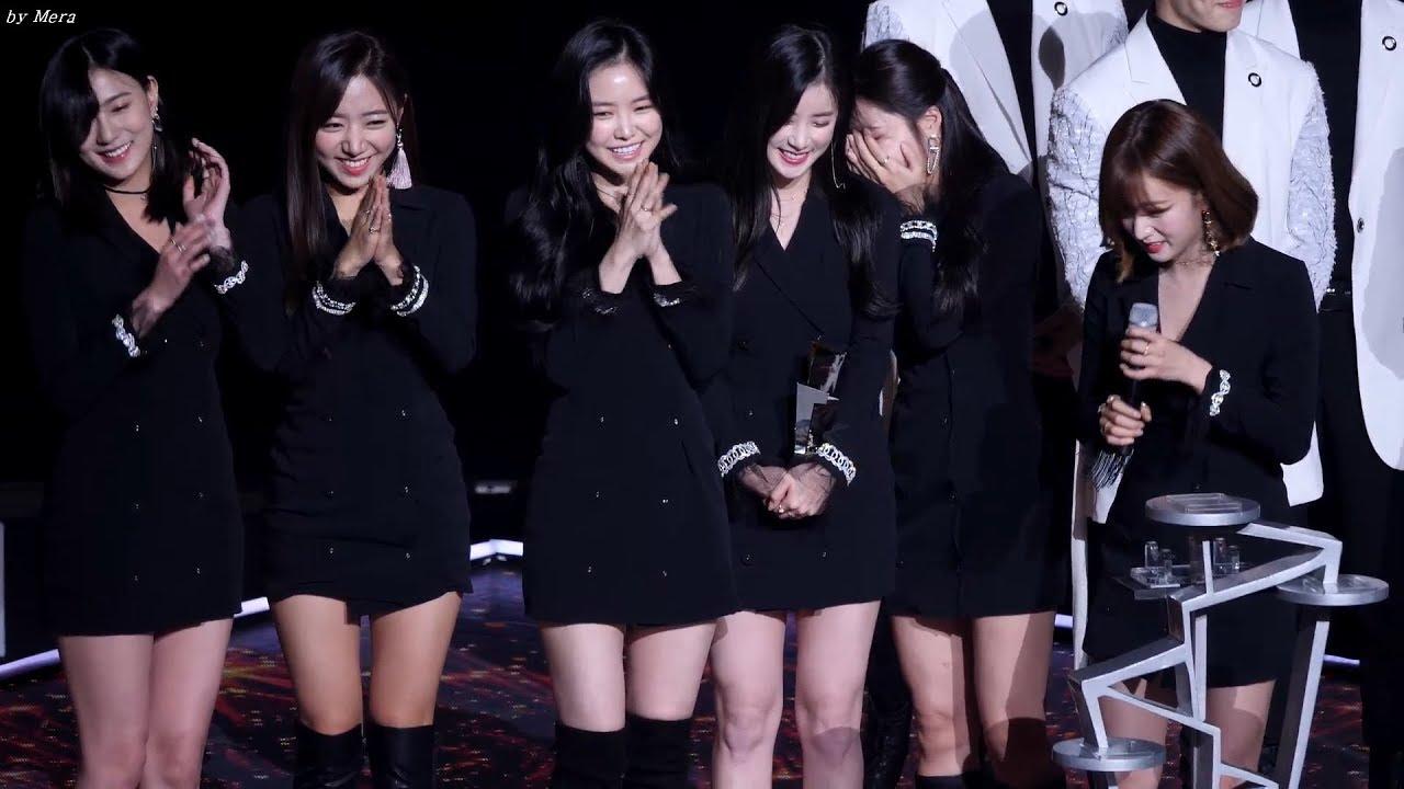 171115 에이핑크 (Apink) 베스트 셀러브리티상 수상 (윤보미 인정?동의?) [전체] 직캠 Fancam (Asia Artist Awards) by Mera