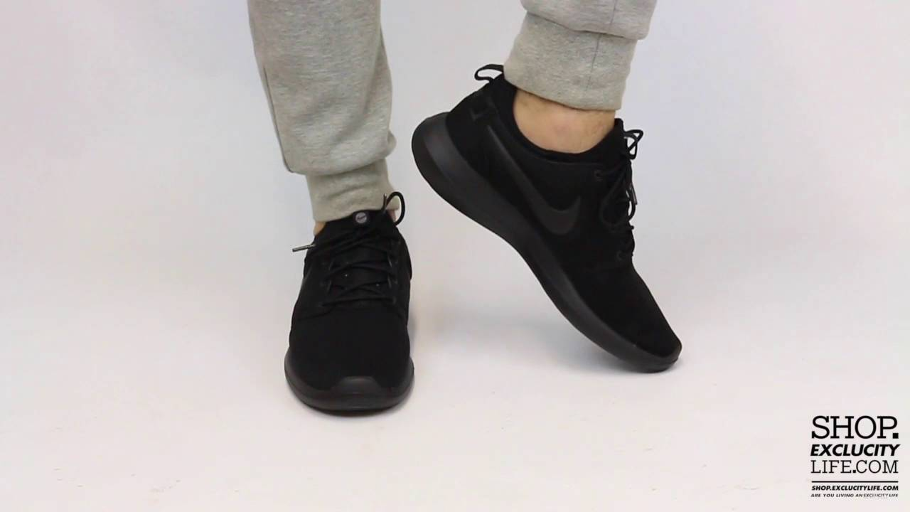 da2b70137e07 Nike Roshe Two - Triple Black - On feet Video at Exclucity - YouTube
