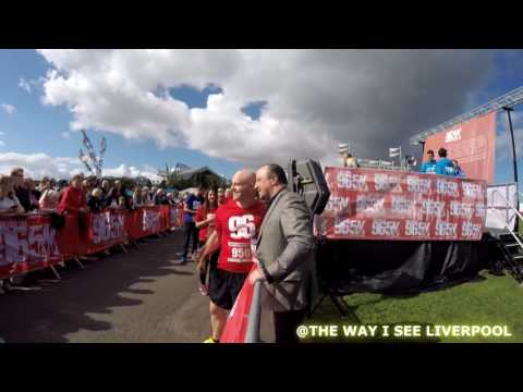 Rafa Benitez shows class, cheering on runners at the 'Run for the 96