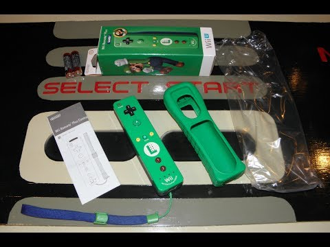 Unboxing Luigi Wii Remote Plus