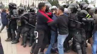 Бурятия восстала против власти. Столкновения протестующих с полицией в Улан-Удэ.